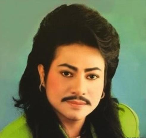 weird image of man